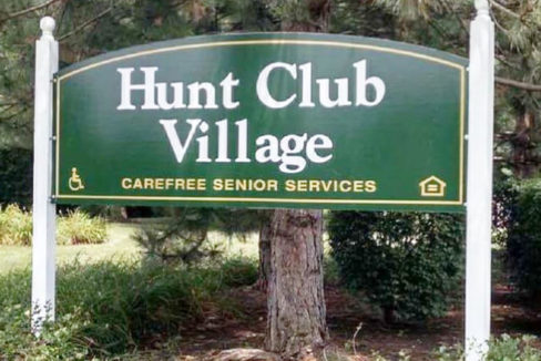 Hunt Club Village Sign